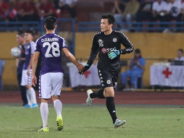 Hà Nội FC cầm hoà trước April 25, không thể trách Bùi Tiến Dũng