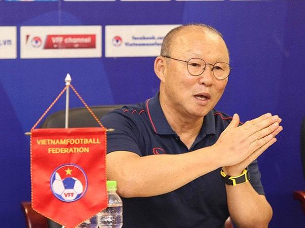 Họp báo HLV Park Hang Seo: Giải đáp mọi tin đồn về tuyển Việt Nam