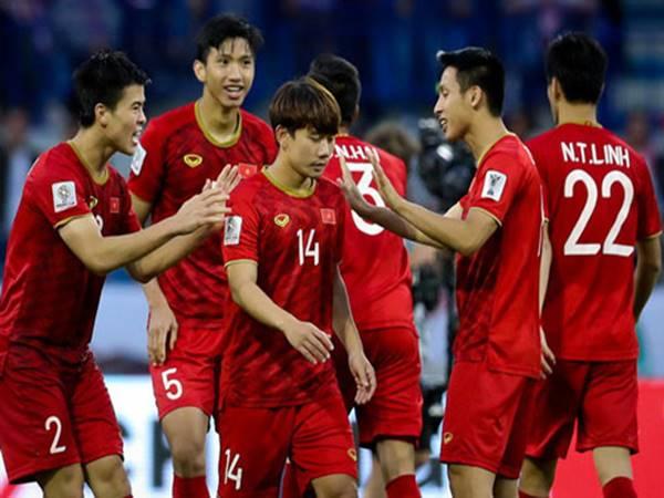 Đội tuyển Việt Nam gặp bất lợi khi FIFA thay đổi lịch thi đấu