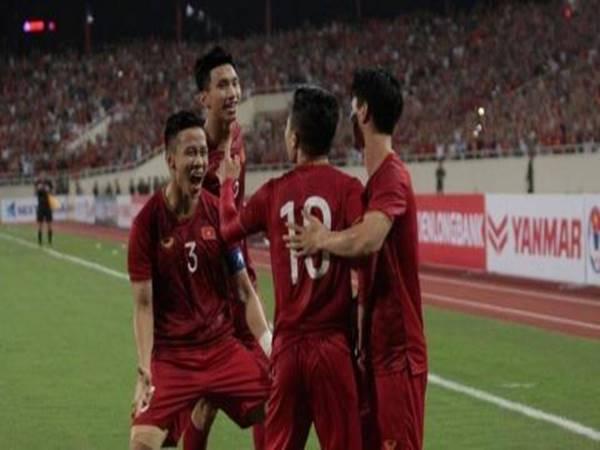 Tuyển Việt Nam có lợi gì từ việc hoãn lịch thi đấu WC