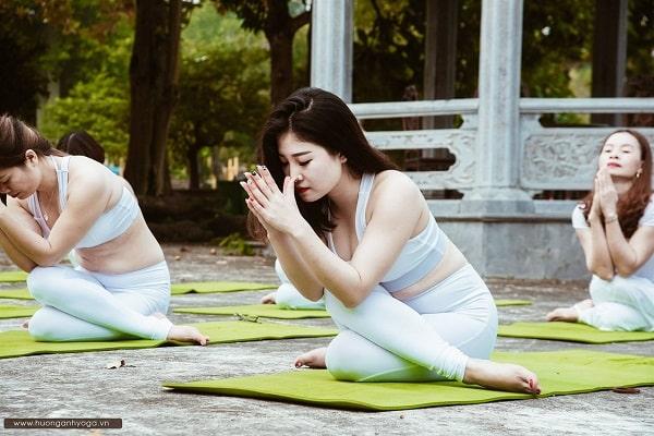 Lợi ích của yoga đối với sức khỏe khiến bạn bất ngờ