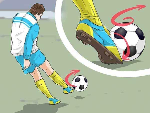 Hướng dẫn kỹ thuật đá bóng bằng mu bàn chân
