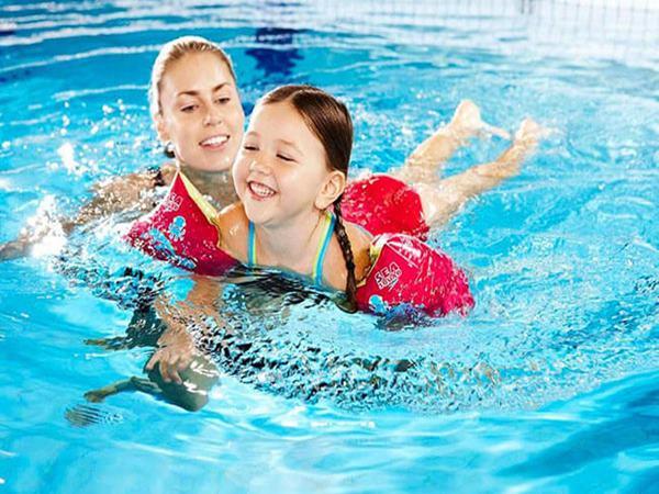 Lợi ích của bơi lội dành cho sức khỏe bạn cần biết