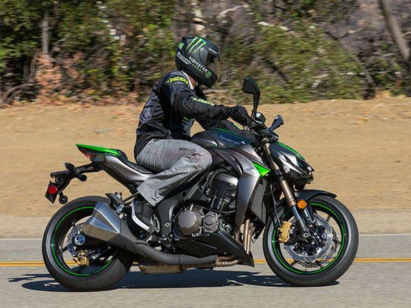 Mơ thấy mua xe máy là điềm báo hên hay xui, đánh con gì?