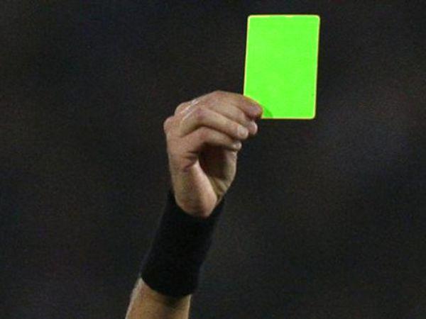 Thẻ xanh trong bóng đá là gì? Sáng kiến làm trong sạch bóng đá
