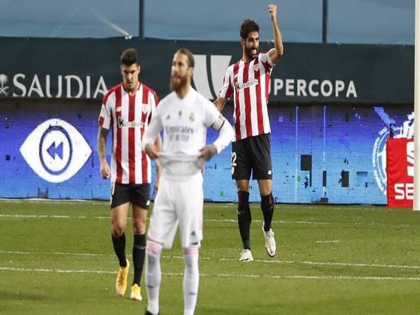 Tin sáng 15/1: Real Madrid hết cơ hội gặp Barcelona ở trận chung kết