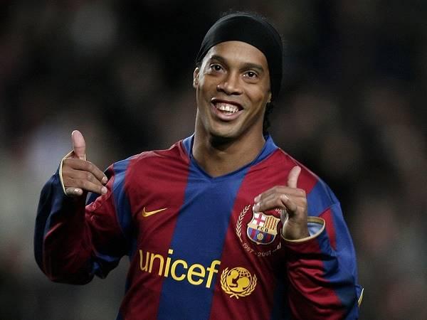 Tiểu sử Ronaldinho – Thông tin, sự nghiệp, số áo của Ronaldinho