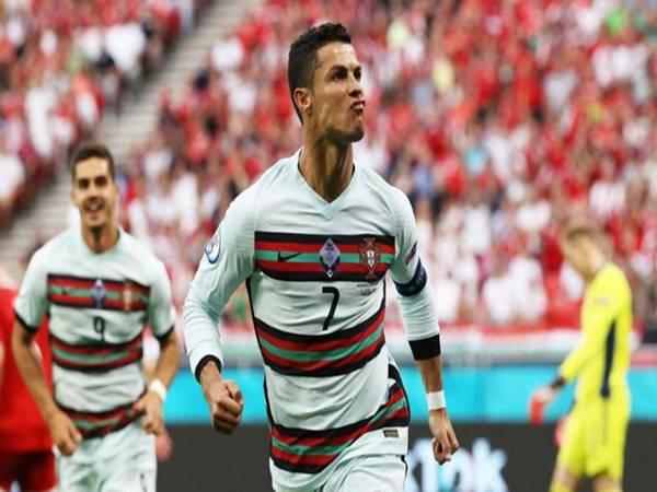 Bóng đá QT 12/7: Ronaldo giành Vua phá lưới UEFA EURO 2020