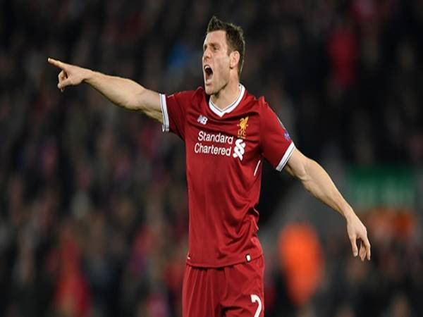 Tin bóng đá 21/9: Liverpool tìm ra giải pháp nơi hậu vệ cánh